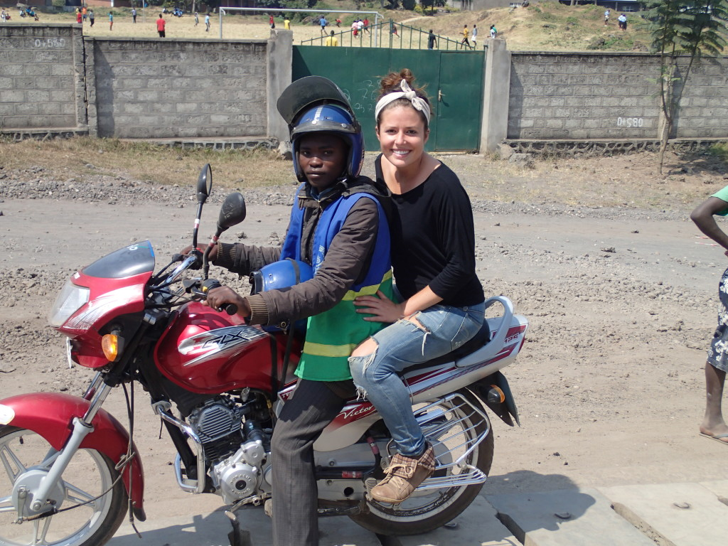 Traveld Africa. Backpacking Africa by motorcycle