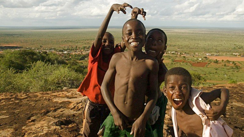 Backpackers in Africa | Kids in Africa